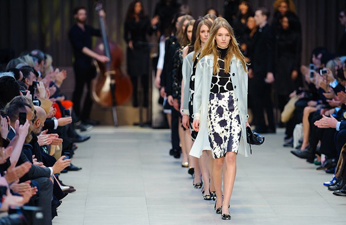 catwalk-fashion-show