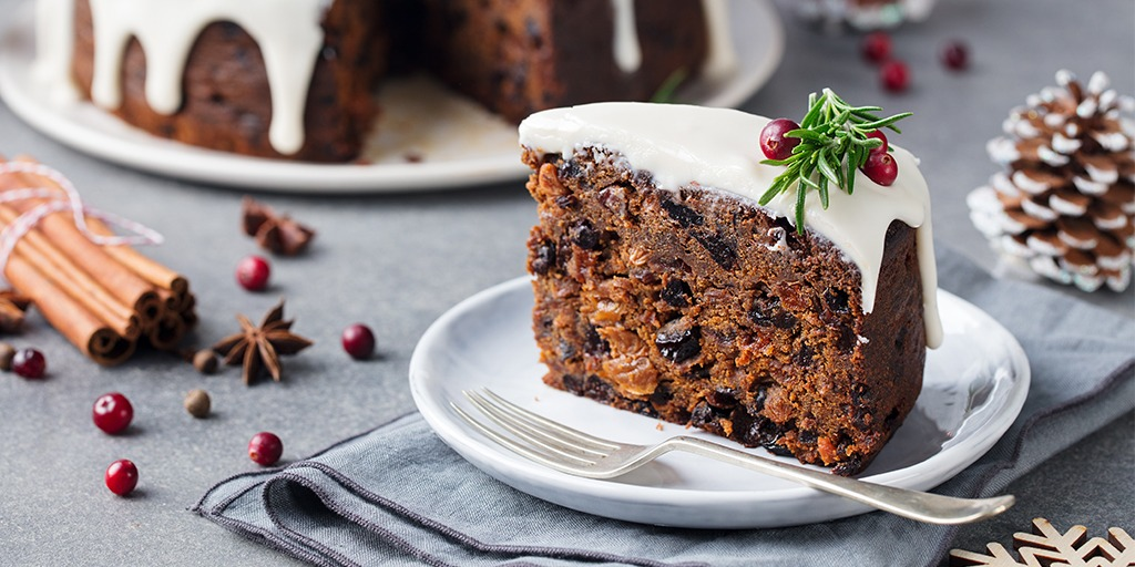 8 mouthwatering Christmas puddings for your table